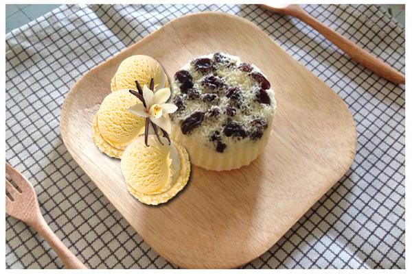 Raisin cake and vanilla ice cream